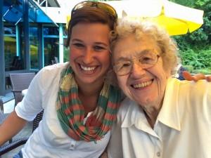 Kerstin (33) und Tante Inge (92). Copyright: Kerstin Müller